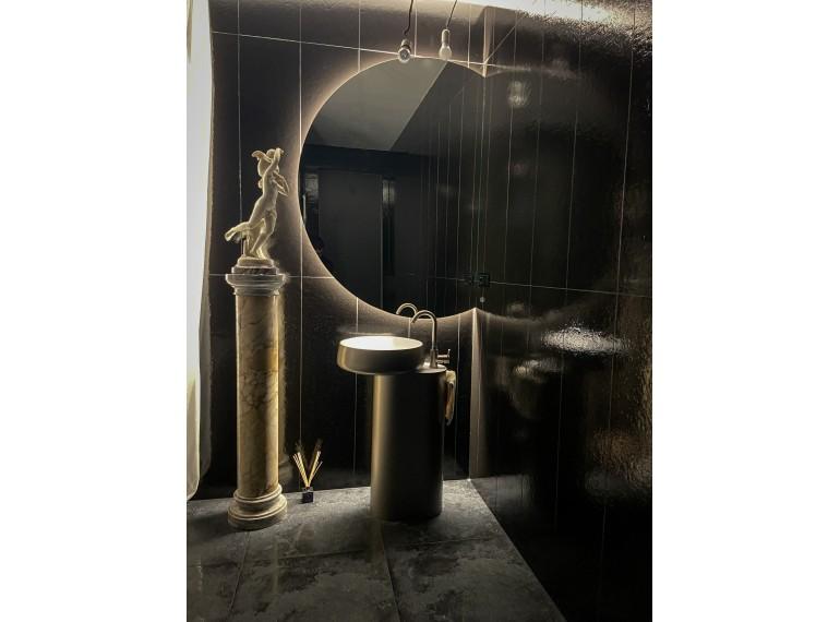 Bezrámové zrkadlá v atypickom tvare