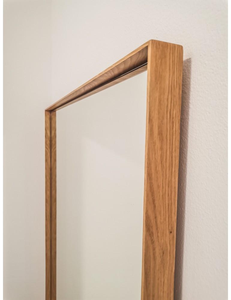 Hranaté zrkadlo s podsvietením