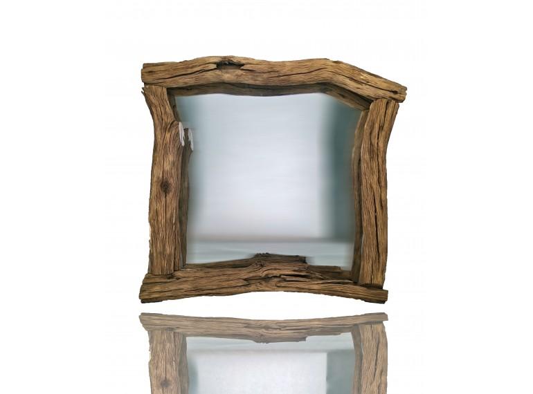 Zrkadlo z dreva s dušou